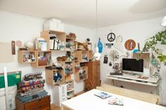 An Artsy Boutique Owner Shows Us Around Her Not-So-General Digs! #workspace #office