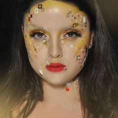 Just have to share this Gustav Klimt inspired look created by the Swedish #mua…