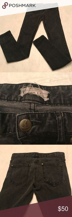 Free People Jeans Free People Jeans size 28 inseam 30; color dark gray (7-14) Free People Jeans Skinny