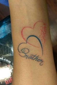 45 Feeling-Full Brother and Sister Tattoos that make You Feel Emotional – Beste Tattoo Ideen 45 Feeling-Full Brother and Sister Tattoos that make You Feel Emotional Sister Heart Tattoos, Brother Tattoos, Sibling Tattoos, Family Tattoos, Tattoos For Daughters, New Tattoos, Tattoos For Guys, Brother Sister Tattoos, Love Heart Tattoo