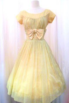 Vintage Lemon Short Prom is listed (or ranked) 9 on the list Vintage Prom Dresses Vintage Dresses, Vintage Outfits, Vintage Clothing, 1950s Dresses, Vintage Prom, Vintage Wardrobe, 1950s Fashion, Vintage Fashion, Club Fashion