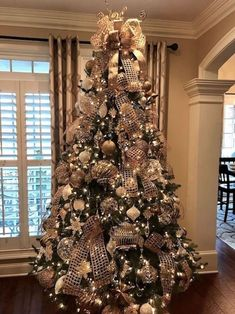 elegant christmas tree 40 AWESOME CHRISTMAS TREE Decoration Ideas for New Year 2019 Part christmas tree ideas; Elegant Christmas Trees, Gold Christmas Tree, Christmas Tree Themes, Christmas Angels, Rustic Christmas, Christmas Home, Christmas Wreaths, Christmas Tree Toppers, Decorated Christmas Trees