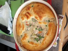 W Chicken pot pie! Skinny Chicken Recipes, Skinny Recipes, Ww Recipes, Weight Watchers Chicken, Weight Watchers Meals, Healthy Crockpot Recipes, Healthy Eating Recipes, Pot Pie, Easy Meals