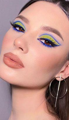 Edgy Makeup, Eye Makeup Art, Soft Makeup, Eyeshadow Makeup, Maquillage Normal, Monochromatic Makeup, Eye Makeup Designs, Creative Makeup Looks, Colorful Eye Makeup