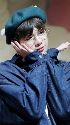 #WannaOne #WannaOneWallpaper #Produce101 Credit to owner Korea Boy, Guan Lin, Lee Daehwi, Kim Jaehwan, Ha Sungwoon, Produce 101, Seong, Jinyoung, Korean Singer