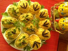Oua umplute Romanian Food, Breakfast Ideas, Tacos, Good Food, Mexican, Eggs, Ethnic Recipes, Salads, Morning Tea Ideas