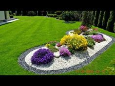 50 Awesome Front Yard Side Yard and Back Yard Landscaping Design Idea Source by serenitylightheart Backyard Garden Design, Garden Landscape Design, Landscape Plans, Landscape Architecture, Landscape Designs, Flower Landscape, Architecture Design, Landscaping Supplies, Front Yard Landscaping