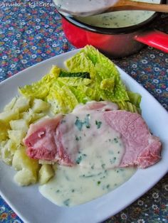 Traditional Irish bacon and cabbage with parsley sauce. Ireland's culinary increase means that talented Irish Cabbage Recipe, Cabbage Recipes, Bacon Recipes, Cooking Recipes, Irish Bacon, Around The World Food, Irish Stew, Cabbage And Bacon, Pub Food