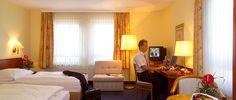 Blick in eines der Hotelzimmer | RAMADA Hotel Hockenheim