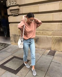 Flawless Spring Outfits To Copy Now - Knitters Teen Fashion Winter, Fall Winter Outfits, Spring Outfits, Mode Outfits, Casual Outfits, Fashion Outfits, Fashion Trends, Checkered Vans Outfit, Mode Streetwear
