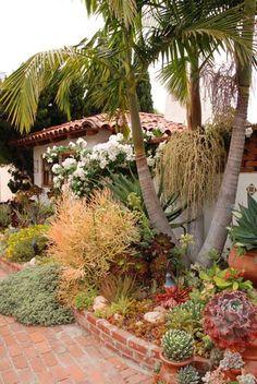 Garden inspiration for arid climates! (Photo: Ken Druse)