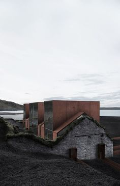 SAMI Arquitectos has slotted a modern concrete house behind the crumbling stone walls of a ruined building, located on an island in the Northern Atlantic Architecture Old, Contemporary Architecture, Contemporary Landscape, Beton Design, Adaptive Reuse, Contemporary Decor, Contemporary Stairs, Contemporary Building, Kitchen Contemporary
