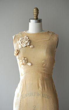 Louveciennes Brautkleid Jahrgang der 1930er Jahre von DearGolden