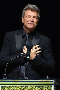 A really nice picture of an older Jon Bon Jovi, still very nice looking