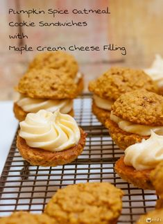 Pumpkin Spice Oatmeal Sandwich Cookies with Maple Cream Cheese Filling #cookies #holiday | Jellibeanjournals.com
