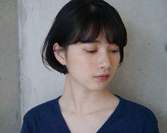 スタイリスト:高橋 彩美のヘアスタイル「STYLE No.26877」。スタイリスト:高橋 彩美が手がけたヘアスタイル・髪型を掲載しています。