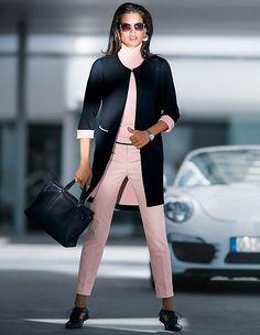 Der Gehrock in attraktiver Farbkombination ist der ideale Partner im Business-Look.