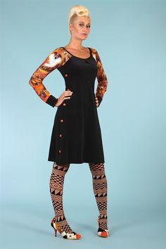 Vild kjole fra Margot #Margot Mod Fashion, Womens Fashion, Pin Up Style, My Style, Home Sew, Diy Clothes, Mantel, Dress Skirt, Cold Shoulder Dress