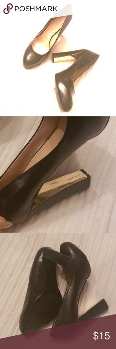 d70c6e77a9c Nine west shoes Perfect for the office shoes with gold accent on back heels  nine west Shoes Heels