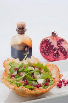 Appunti di cucina di Rimmel: Cestino di caciocavallo con insalatina natalizia