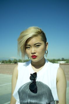 Undercut short hair with a jaw lenght top