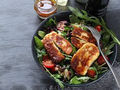 Halloumi, Lchf, Salads, Food And Drink, Low Carb, Healthy Eating, Healthy Recipes, Vegan, Chicken