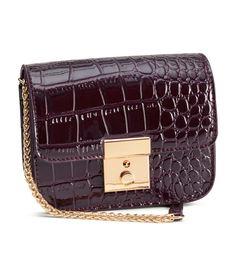 H&M Shoulder Bag, $25; hm.com   - ELLE.com