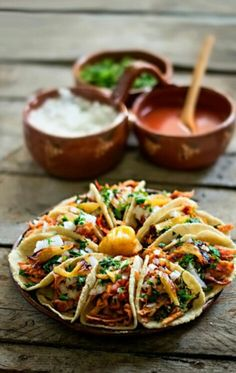 Soft-Shell #Taco Platter, Anyone?- Whether you're #dining out with friends, or are particularly hungry one evening, order a taco platter to cure what ails you. Don't be ashamed of your love for the most delicious food in the world.