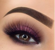 50 Magical Eye Makeup Ideas For Feeling like everything is okey from outfits to hairstyles but what about makeup? Missing your eye makeup? Well say goodbye to boring eye makeup and . Makeup Guide, Eye Makeup Tips, Makeup Hacks, Makeup Goals, Eyeshadow Makeup, Makeup Brushes, Beauty Makeup, Hair Makeup, Makeup Ideas