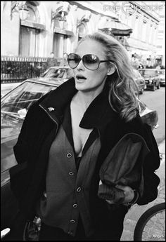 Ursula Andress à Paris en 1979