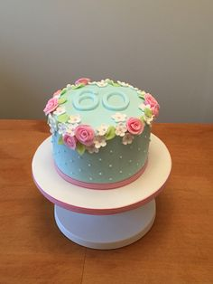 60th birthday cake flowery and simple