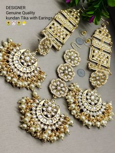 Order Pasa Jhoomar Jewellery via Whatsapp on Our fashion magazine personal shoppers helps you get the stylish look for you. Tika Jewelry, Indian Jewelry Earrings, Indian Jewelry Sets, Indian Wedding Jewelry, Jewelry Design Earrings, Bridal Jewelry Sets, Flower Jewelry, Ear Jewelry, Bridal Jewellery