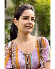 Beautiful Girl In India, Beautiful Women Over 40, Beautiful Girl Image, Beautiful Asian Girls, Beautiful Eyes, Pretty Girls, Bollywood Actress Hot Photos, Beautiful Bollywood Actress, Most Beautiful Indian Actress