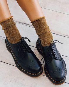 Dr Martens 3989 Original Wingtip Brogue S. Dr Shoes, Sock Shoes, Cute Shoes, Me Too Shoes, Shoe Boots, Ankle Boots, Ugg Boots, Shoes Sandals, Dr. Martens
