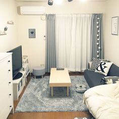 small room design ideas with bunk beds One Room Apartment, Studio Apartment Layout, Studio Apartment Decorating, Small Room Layouts, Small Room Design, Small Rooms, Studio Living, Studio Room, Fashion Room