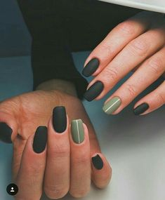 Nails Matte nails Nail designs Minimalist nails Gel nails Autumn nails - The Leaves are changing color and things are getting all cozy and check out these easy fall nail designs for short nails! Natural Acrylic Nails, Best Acrylic Nails, Short Natural Nails, Acrylic Gel, Short Nail Designs, Simple Nail Designs, Nail Designs For Winter, Matte Nail Designs, Tribal Nail Designs