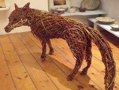 Sculpture Metal, Garden Sculpture, Land Art, Living Willow, Willow Garden, Twig Art, Outdoor Garden Statues, Willow Weaving, Basket Weaving