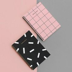 diy cuadernos BNTP Pocket spiral lined and grid notebook Notebook Cover Design, Notebook Diy, Grid Notebook, Lined Notebook, Spiral Notebook Covers, Squared Notebook, Notebook Paper, Cute Notebooks For School, Diy Notebook Cover For School