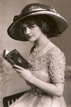 La Beauté des Femmes dans le Monde en 1900 (6)