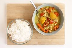 Meatless Monday: Yellow acorn squash & beans curry | I try to eat healthy