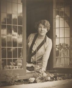 Ethel Turner - Australian author, Seven Little Australians Book Writer, Book Authors, Margaret Preston, Norman Lindsay, Terra Australis, Australian Authors, Famous Novels, National Portrait Gallery, English Literature