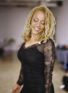 ladydeduafe:    One of my favorite loc'd icons, Cassandra Wilson.