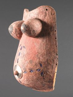 African & Oceanic Art Auctions-Auction-LotsYORUBA-MASKE Nigeria. H 46,5 cm.