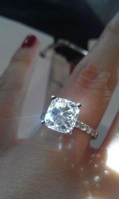 My Ring :  wedding cushion ring WB4
