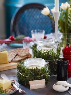 Christmas - the traditional way. Styling by: Anna Mårselius, photo by: Helén Pe. Published in Allt i Hemmet 2013.