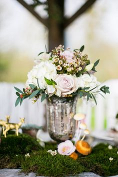 Blush wedding table centrepiece by Boutique Blooms