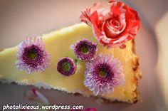 Wer hat Lust auf leckeren Cheesecake, den 100. Blogbeitrag und einen Blog-Event, bei dem es etwas zu gewinnen gibt? Schaut vorbei auf photolixieous.wordpress.com...
