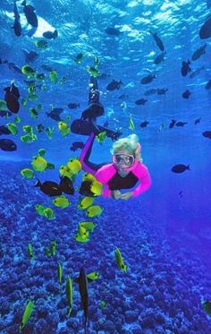 Top 10 vacation places in the world: Molokini, the volcanic crater in Hawaii