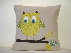 Owl cushion cover by tailorbirds @etsy, €25.00