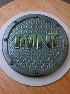 So much work tonight, I called in Teenage Mutant Ninja Turtles to help ; Turtle Birthday Parties, Ninja Turtle Birthday, Ninja Turtle Party, Ninja Turtles, Birthday Ideas, Boys Bday Cakes, Cakes For Boys, Tmnt Cake, Random Kid